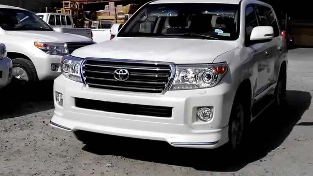Requirements To Rent A Car >> Land Cruiser V8 (2015) - Apricot Tours Pakistan